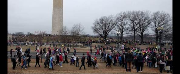 womens-march-washington-monument